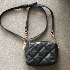 Quilted Design Black & Gold Accent Crossbody